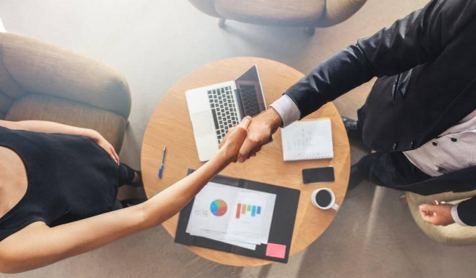 Processo de vendas: transforme contatos em contratos