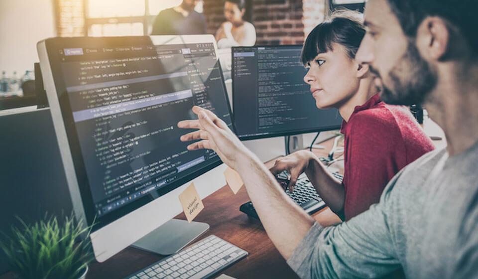 Saiba Como Desenvolvedores Podem te Ajudar a Gerar Mais Tráfego