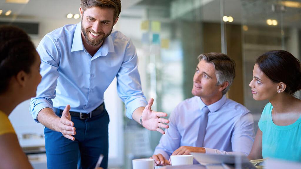 Como liderar sua carreira e abrir um novo negócio