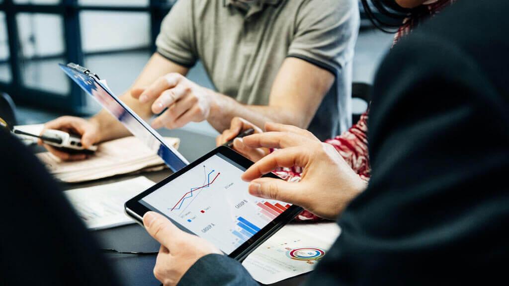 Como fazer uma análise da concorrência e se destacar no mercado